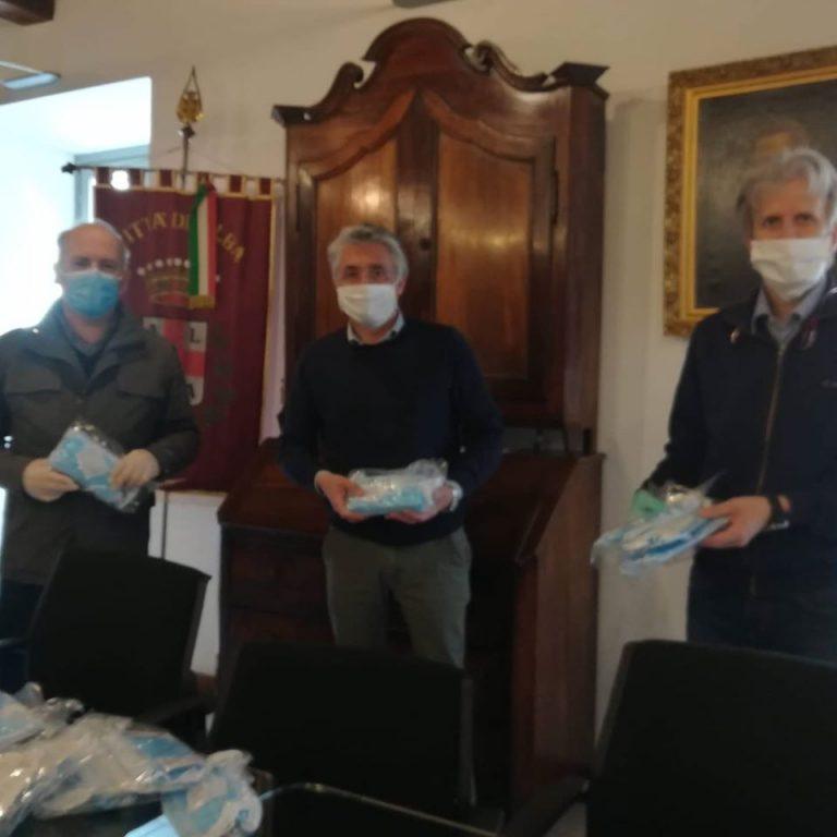 Donazione Mascherine al comune di Alba